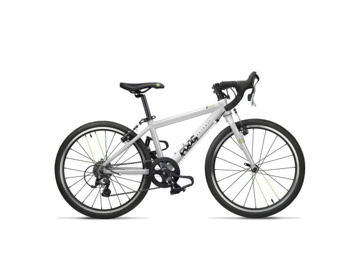 "Frog Road 58 White 20"" This 20 inch kids' Road Bike is best suited for children aged between 6 and 7 years old with an"